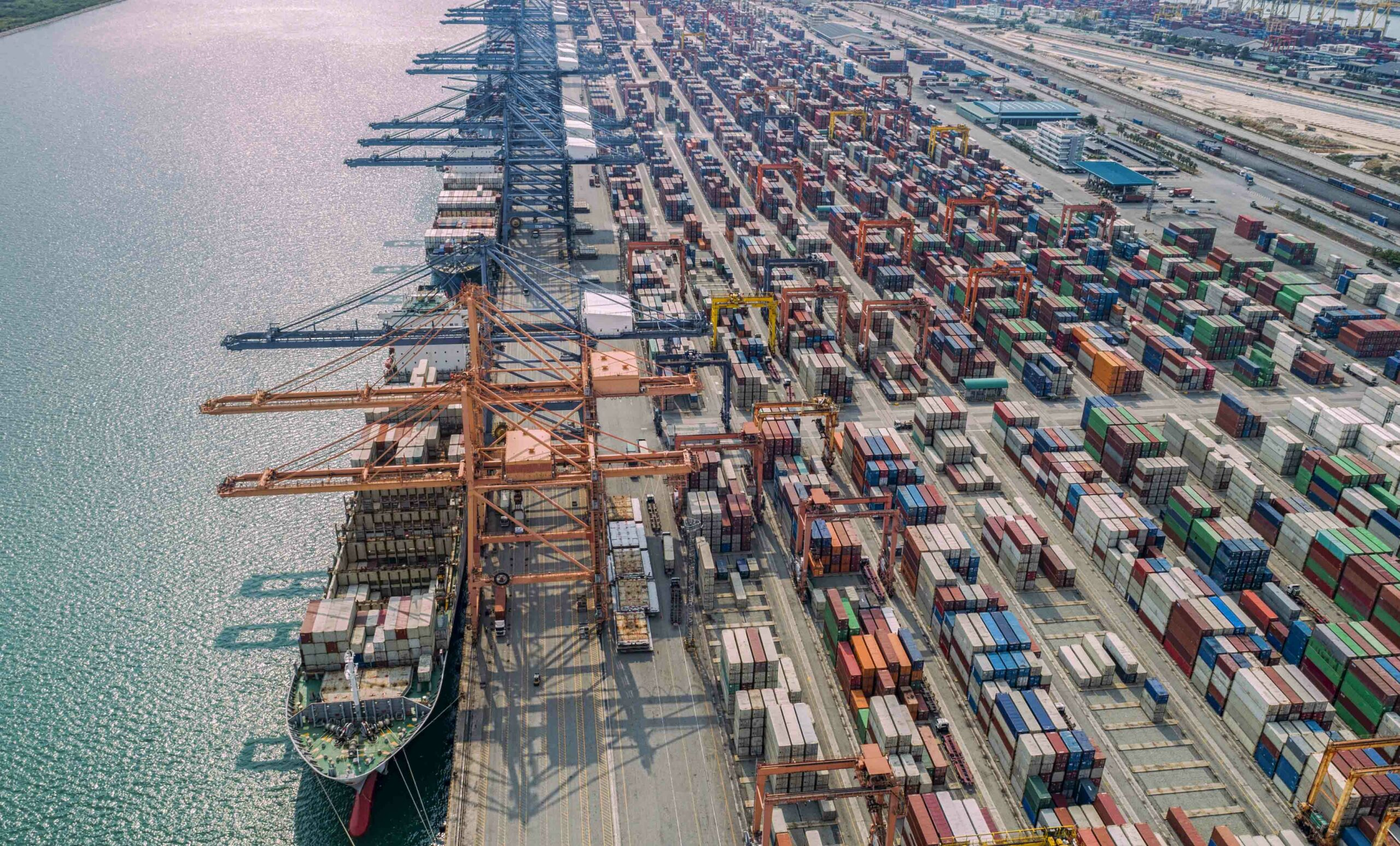 Another sad record : 37 ships forced to drift off southern California waiting for port access Apollo Cargo Alliance